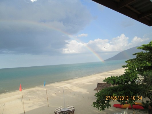 Rainbow over nadan beach (2)
