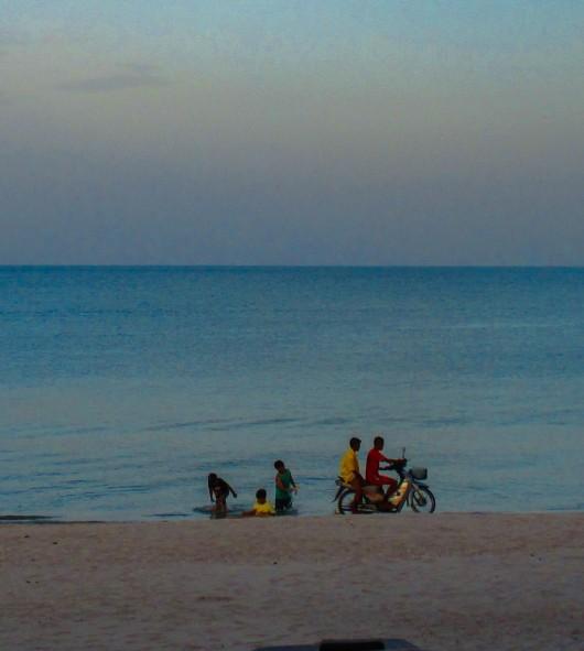 bike on the beach (1)